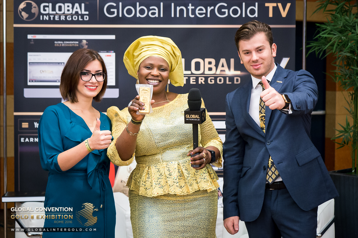 [PHOTOS] Happy Global InterGold customers at the Global Gold Exhibition 2016 (PART 2)
