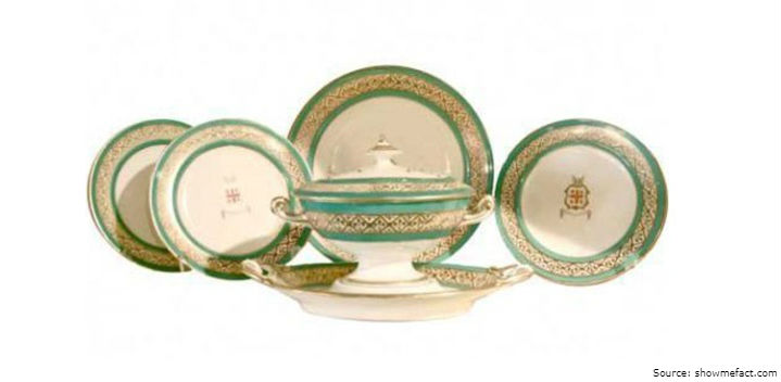 A total of 10 unique sets of tableware decorated with gold leaf was created costing 150000 EUR each.  sc 1 st  Global InterGold & Golden moments of world history: Exquisite VIP tableware