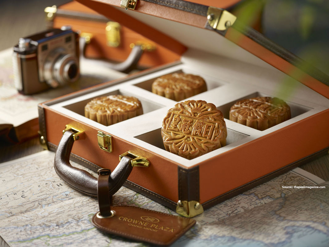 Golden mooncakes: luxury or must?