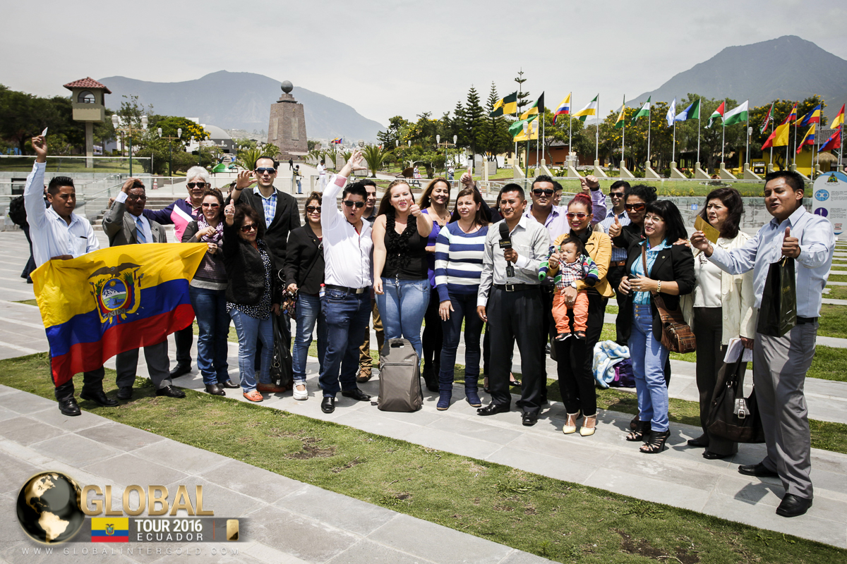 The Global Tour crosses the Equator in Quito!