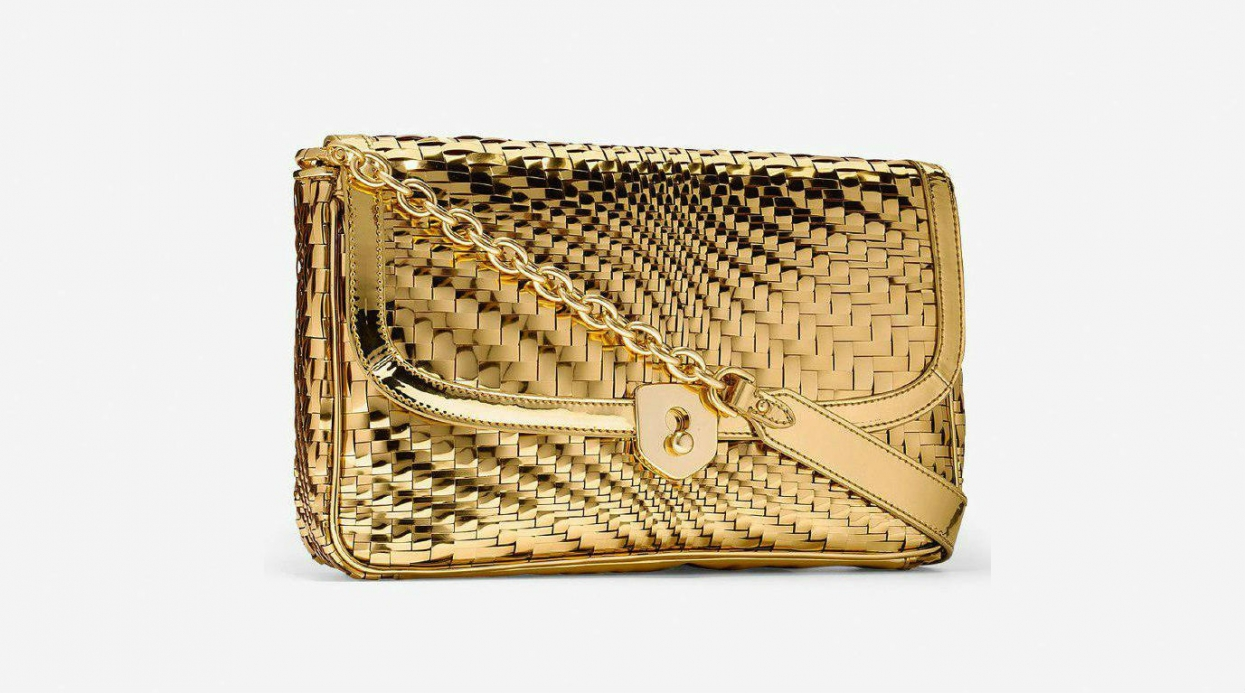 Gold Trend: Fashion Accessories for Ladies
